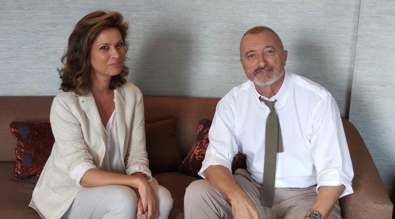 Elena Cué entrevista a Arturo Pérez-Reverte