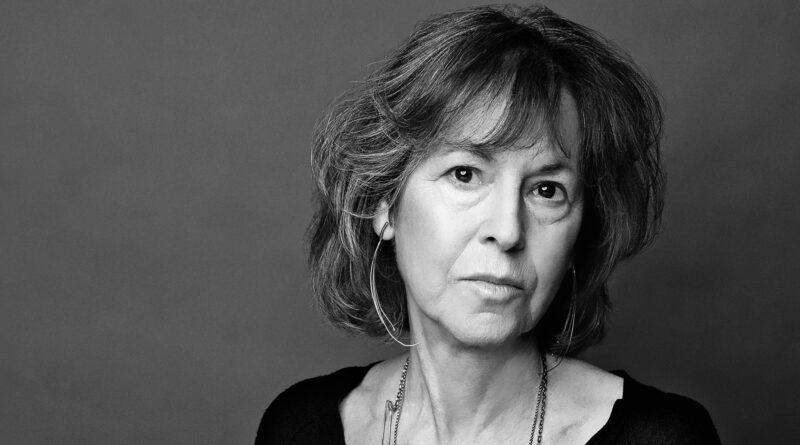 Entrevista a Louise Glück, por Alexandra Alter. Reseña y traducción de la entrevista por Juan Esquivel