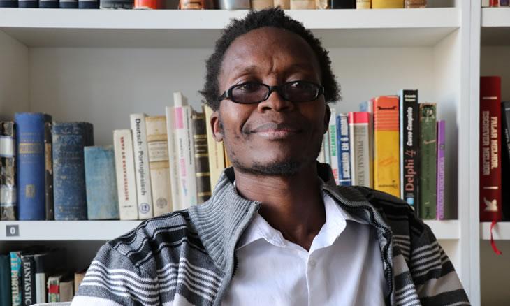 Diáspora africana: Léo Sidónio de Jesus Cote (Maputo, Mozambique, 1981). Traducción Maribel Roldán